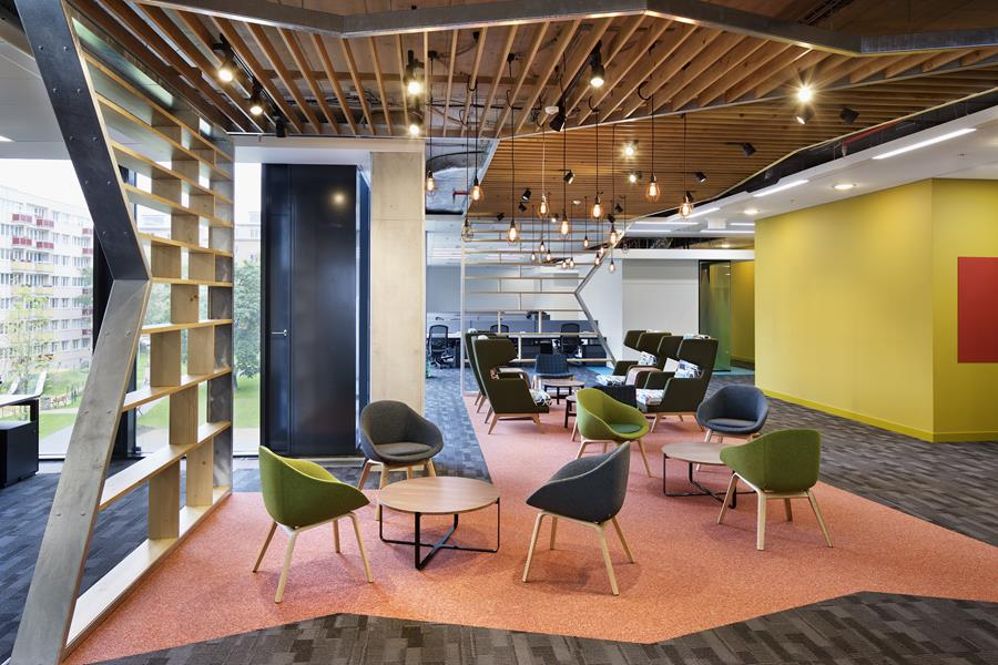 Interiors of the amazon office was drawn by the london studio interior architects with worldwide experience which subsequently cooperated with czech