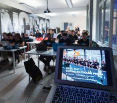 Ženy v IT? V Česku je podíl nízký, do programu Coding Bootcamp Praha se ale přihlásilo 50 %