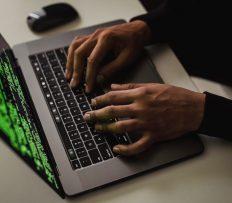 Hledají se inovátoři, vývojáři a kreativci. Během hackathonu budou řešit post-pandemické výzvy